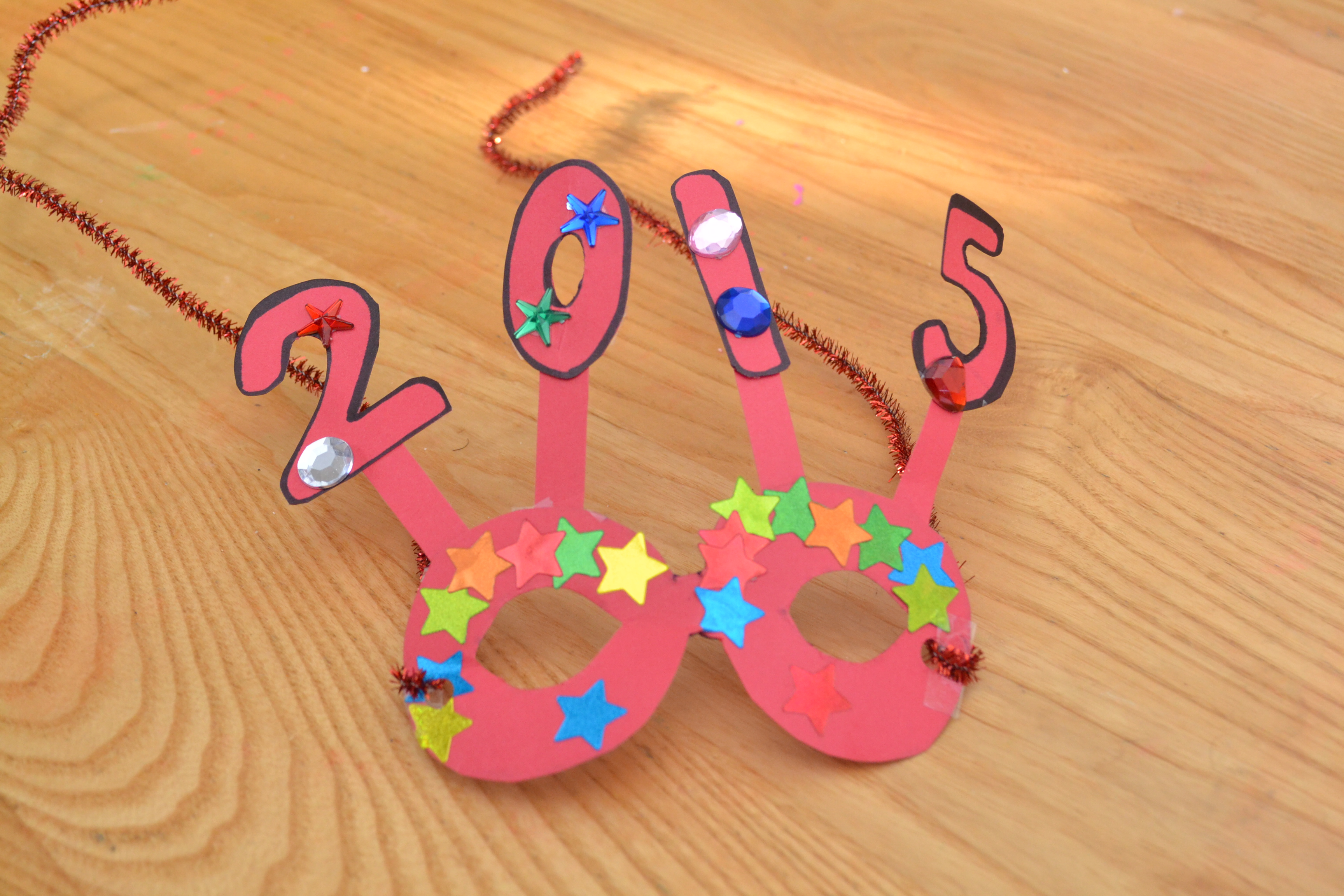 Lovely New Year Craft Ideas For Kids Part - 3: Pick-Ease